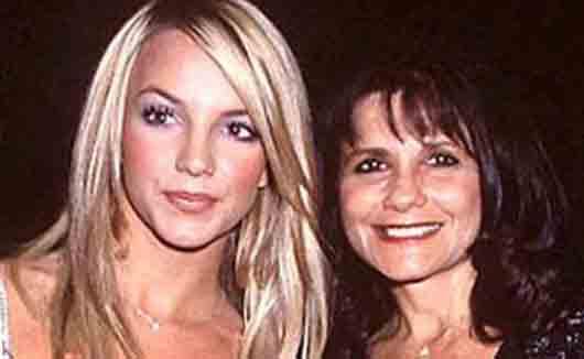 Где работала мать певицы Бритни Спирс