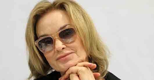 Какая актриса получила «Оскар» за роль в комедии «Тутси»