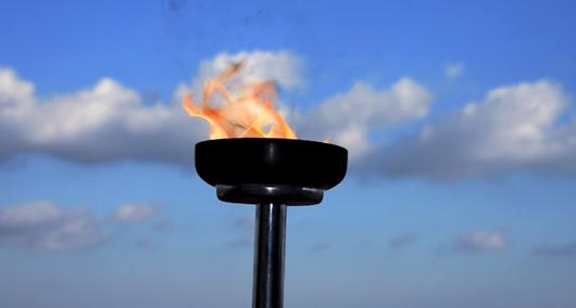 Где проходили ОИ, когда впервые зажгли олимпийский огонь