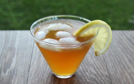 Напиток из чайного гриба, который сейчас очень моден среди голливудских звезд
