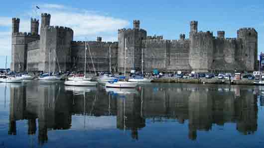 Самый древний из исторических замков Великобритании
