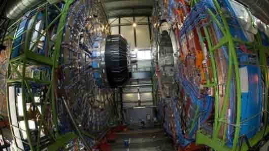 Какой ускоритель призван доказать существование бозона Хиггса