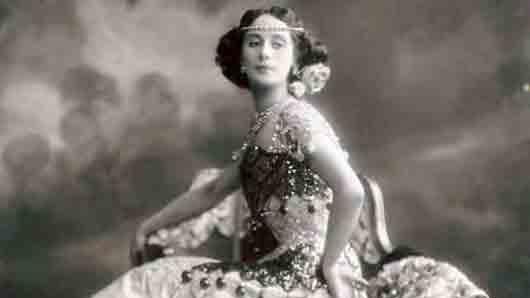 С какой великой балериной подружилась Айседора Дункан во время русских гастролей