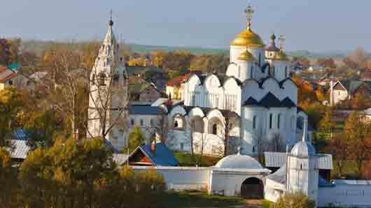 Старинный русский город, где лет триста назад на каждые 16 домов приходилась одна церковь