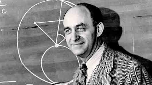 Кто руководил первым расщеплением атома