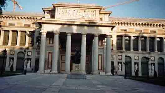 Какому музею принадлежит более половины картин Диего Веласкеса