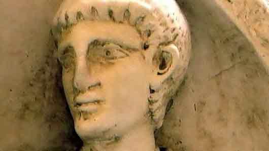 Какой народ держал в заложниках римского полководца Аэция