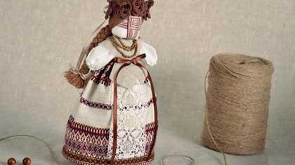Народная кукла в роли оберега