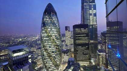 Как жители Лондона прозвали небоскреб Мэри-Экс, спроектированный Норманом Фостером