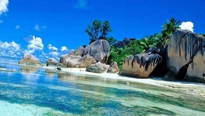 Судно, связанное с историей названия Маршалловых островов (8 букв)