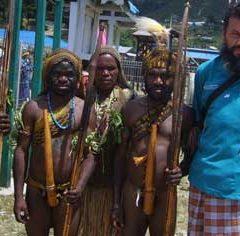Речь миссионера в толпе папуасов (9 букв)
