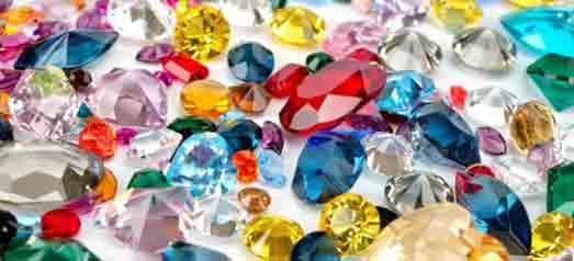 Стеклянная имитация драгоценного камня