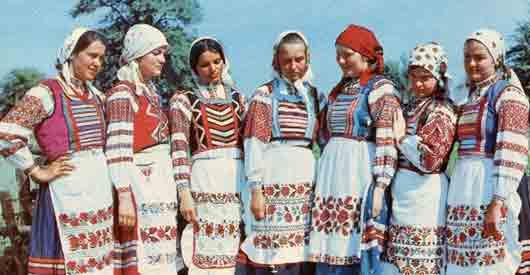 Безрукавка на белоруске
