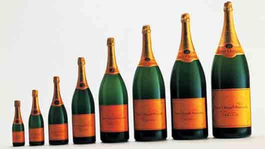 Бутылка шампанского в 12 литров