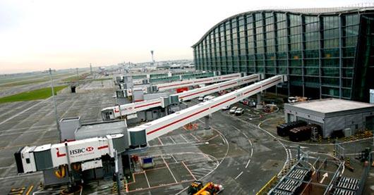 Самый загруженный аэропорт Европы