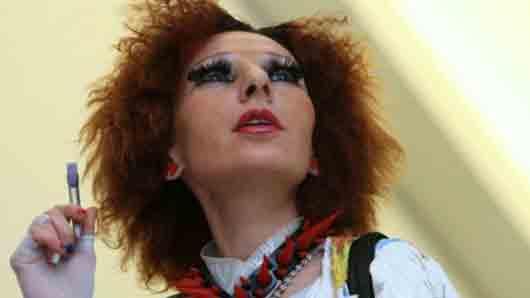 Первый сценический псевдоним нашей эстрадной певицы Жанны Агузаровой, под которым она выступала в группе «Браво»