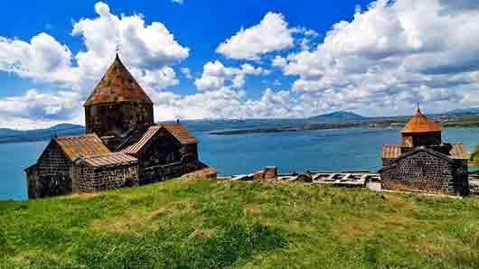 Крупнейшее озеро на Кавказе