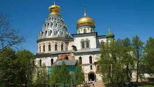 Подмосковный город с Новоиерусалимским монастырем