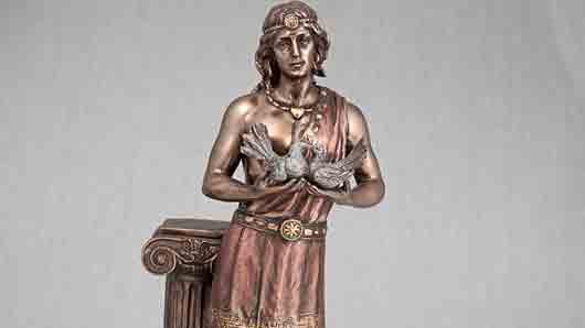 «Брачный» бог древних греков