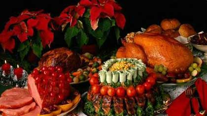 Перебор с яствами на праздничном столе