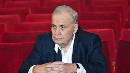 Кого не играл в кино Эльдар Рязанов