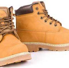 В чем причина цвета желтых ботинок Timberland как обуви для лесорубов