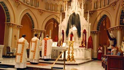 Литургия в православной церкви (6 букв)