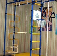 Спортсмен, тренирующийся на стенках (8 букв)